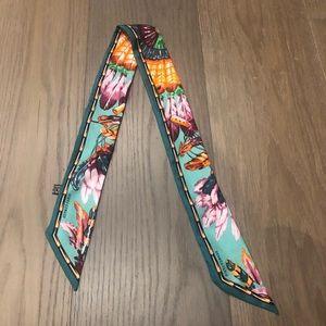 Hermès twilly silk scarf